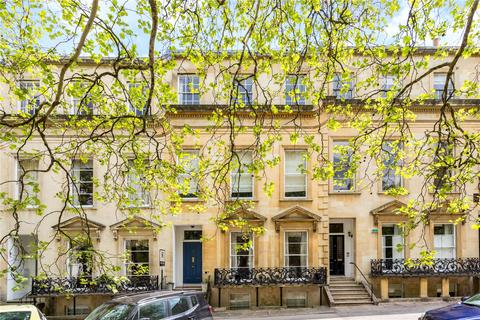 3 bedroom penthouse for sale - Royal Parade, Cheltenham, Gloucestershire, GL50