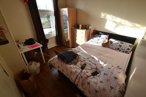 1 bedroom house share to rent - Lisvane Street, Cathays, Cardiff