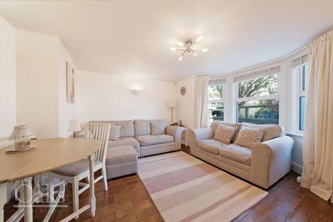 2 bedroom flat to rent - Kempshott Road, London