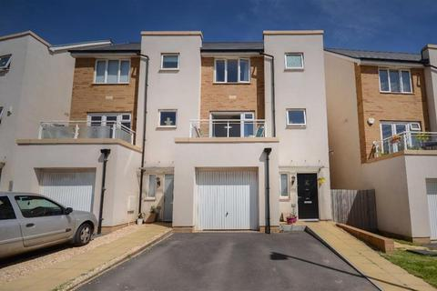 4 bedroom townhouse for sale - Willowherb Road, Lyde Green, Bristol, BS16 7GB