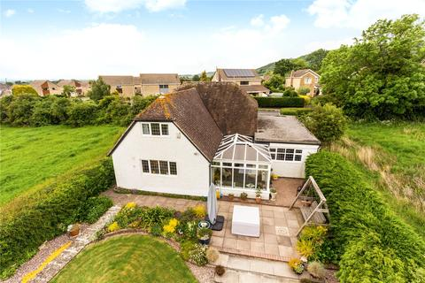 3 bedroom detached house for sale - Two Hedges Road, Woodmancote, Cheltenham, Gloucestershire, GL52