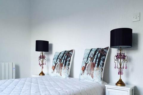 2 bedroom flat to rent - Rosefield Street, , Dundee