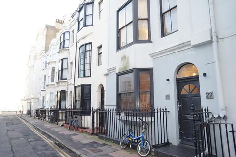 Studio to rent - Burlington Street, Brighton, Brighton