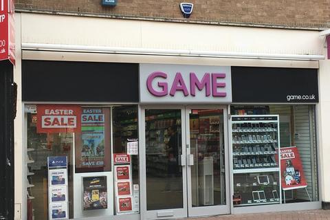 Shop to rent - 45 High Street, King's Lynn