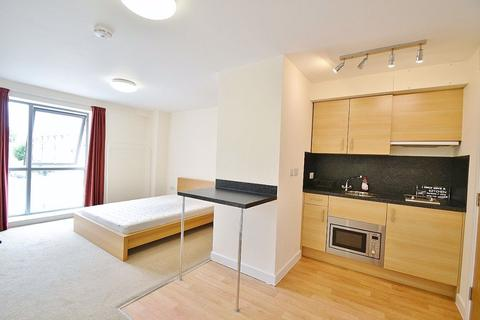 Studio to rent - Abbey Court, Cambridge CB1 2LB