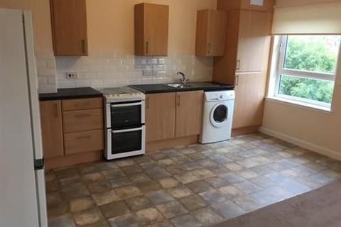 2 bedroom flat to rent - Flat 2/1, 2 Holmlea Court