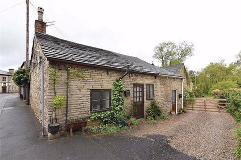 2 bedroom cottage for sale - Wellington Road, Bollington, Macclesfield