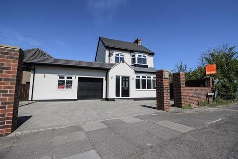 3 bedroom detached house for sale - Briarsyde, Newcastle Upon Tyne