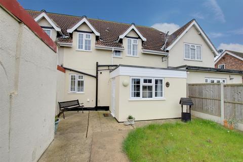 3 bedroom cottage for sale - Brickyard Cottages, Church Road, Mablethorpe