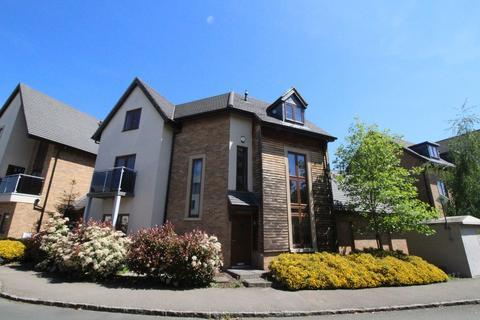 4 bedroom link detached house to rent - Broughton