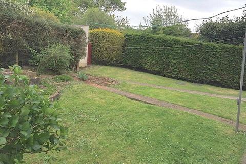 2 bedroom flat for sale - California Road, Longwell Green, Bristol, BS30 8BA