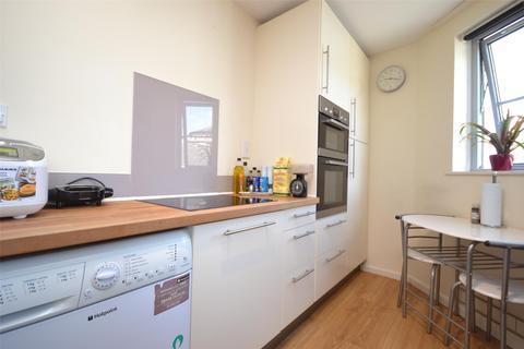 1 bedroom flat to rent - St. Pauls Place, Bath, BA1