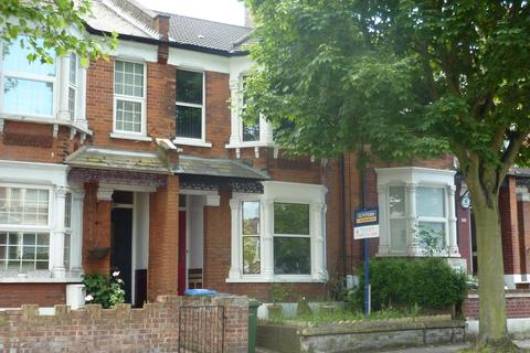 4 bedroom terraced house to rent - Mcleod Road, Abbey Wood, London, SE2 0BS