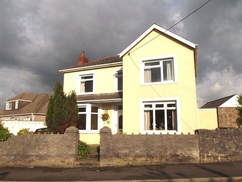 4 Bedrooms Detached House for sale in Coychurch, Bridgend, Mid. Glamorgan.