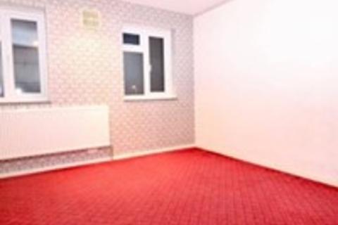 4 bedroom semi-detached house to rent - north drift way, luton LU1