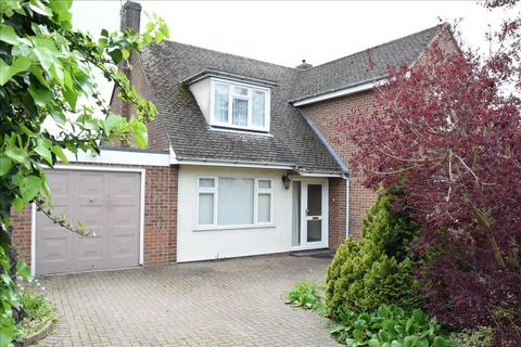 3 bedroom detached house for sale - Beachs Drive, Chelmsford