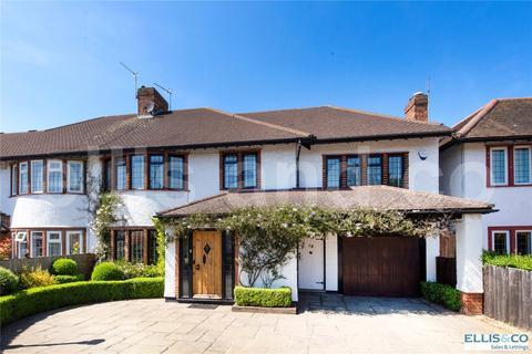 4 bedroom semi-detached house for sale - Elmgate Gardens, Edgware, Middlesex, HA8