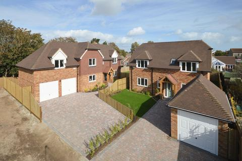 4 bedroom detached house for sale - Lydd, TN29