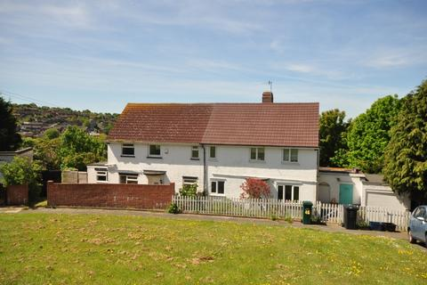 3 bedroom semi-detached house to rent - Norwich Drive Brighton BN2