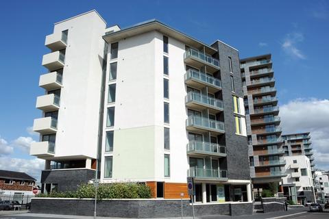 2 bedroom apartment - Spectrum, Blackfriars Road, Salford, M3 7BS