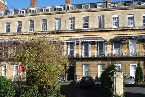 1 bedroom flat to rent - Suffolk Square, Cheltenham