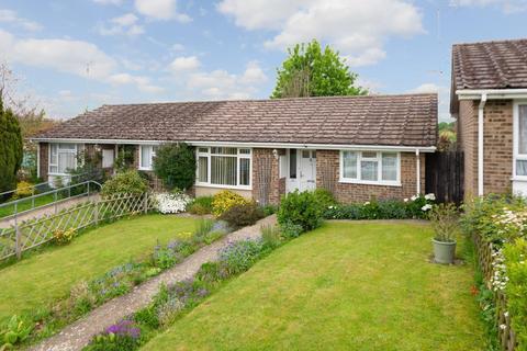 2 bedroom bungalow for sale - Greenfields, Sellindge, Ashford, TN25