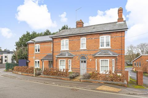 1 bedroom flat for sale - Deanfield Avenue, Henley-On-Thames, RG9