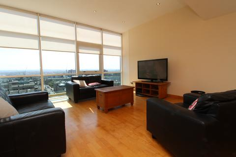 2 bedroom penthouse to rent - Renfrew Street, Flat 13/4, Glasgow G3
