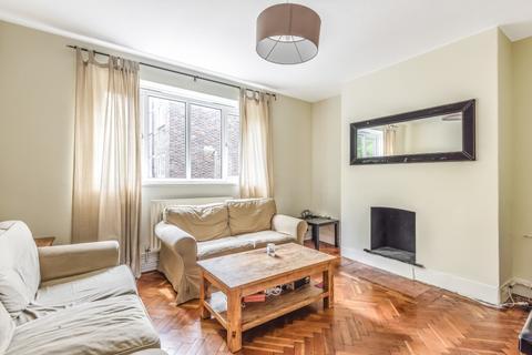 4 bedroom flat to rent - St. John's Drive London SW18