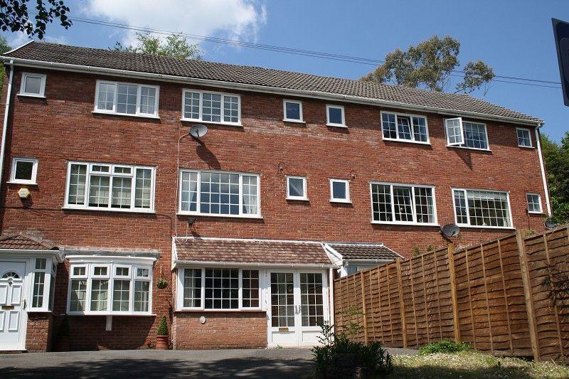 3 Bedrooms Terraced House for sale in , Spionkop Road, Ynystawe, Swansea.