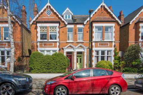 6 bedroom semi-detached house for sale - Priory Road, Kew