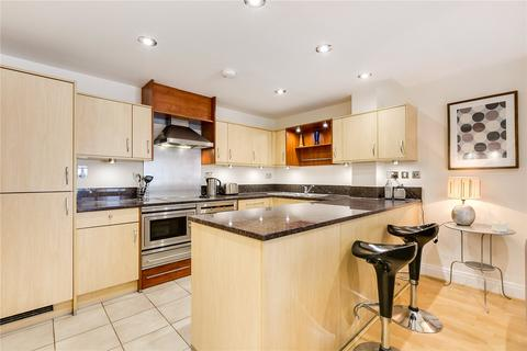 2 bedroom flat for sale - Bluewater House, Smugglers Way, London