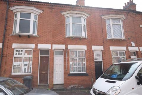 2 bedroom terraced house to rent - Wolverton Road, Leicester,