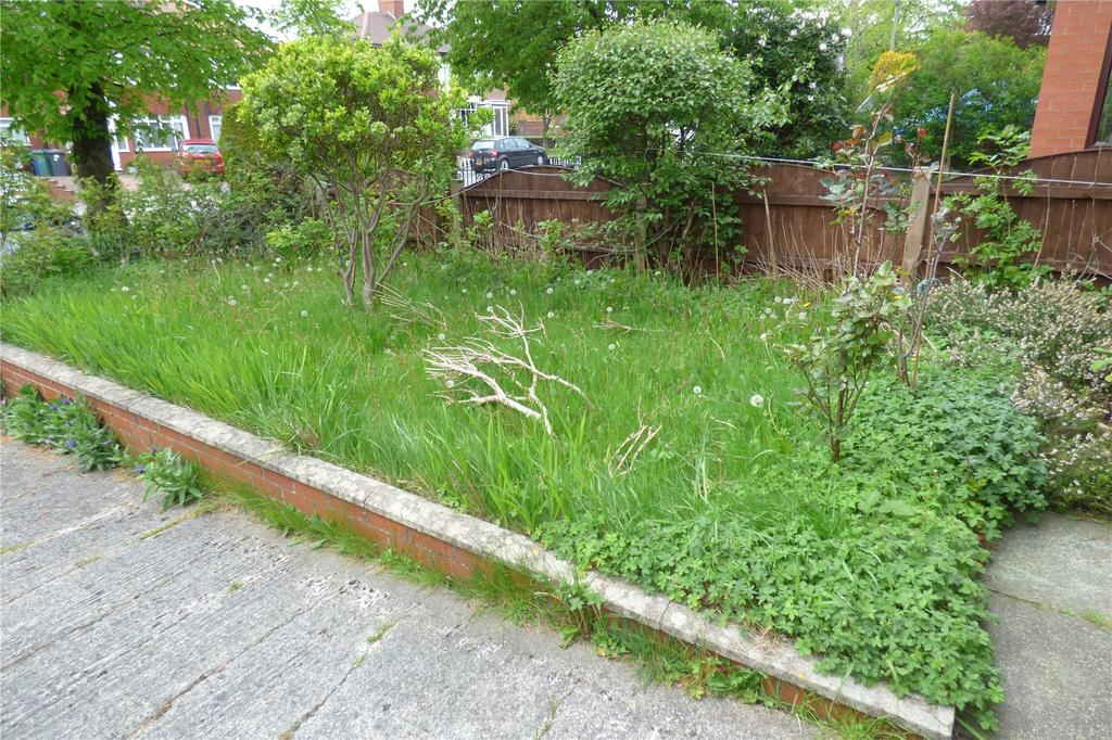 Heywood Old Road Bowlee Middleton Manchester M24 3 Bed