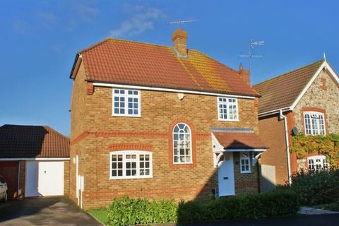 4 bedroom detached house to rent - Charvil, Berkshire.