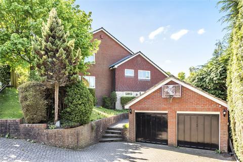 4 bedroom detached house to rent - Turners Gardens, Sevenoaks, Kent, TN13