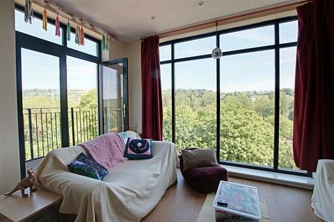 2 bedroom apartment to rent - Lower Bristol Road, Bath