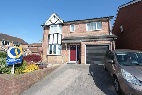 4 bedroom detached house for sale - Plas Gwernen, Barry