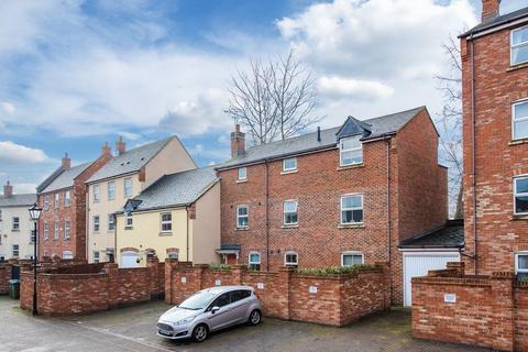 2 bedroom apartment for sale - Crowell Mews, Aylesbury