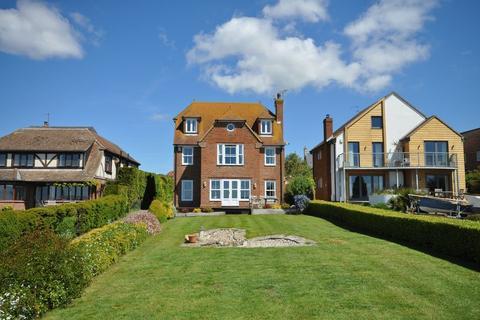 5 bedroom detached house for sale - Coast Road, West Mersea, Essex, CO5 8LS