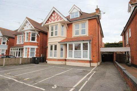 2 bedroom apartment for sale - Grand Avenue, Southbourne, Bournemouth