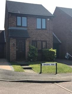 3 bedroom detached house to rent - Verdant Vale, East Hunsbury, Northampton