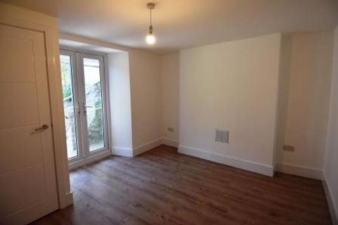 4 bedroom house to rent - Blenhiem
