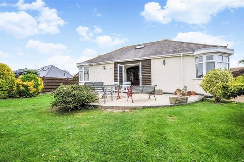3 bedroom detached bungalow for sale - Third Avenue, Bracklesham Bay, West Sussex