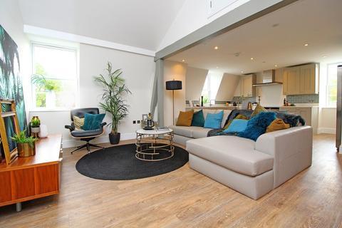 3 bedroom penthouse for sale - Kingsfield House, Hadrian Way, Baldock, SG7