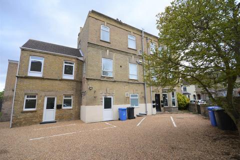 1 bedroom flat to rent - London Road, Pakefield
