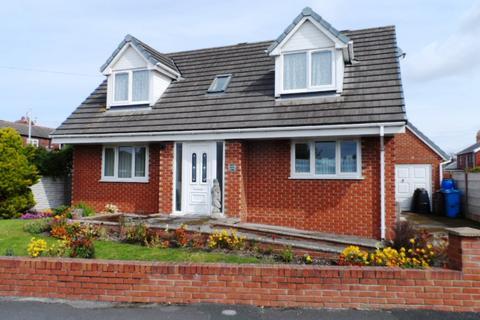 2 bedroom bungalow for sale - Quailholme Lodge, KNOTT END, FY6 0BY