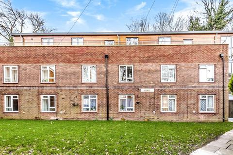 1 bedroom apartment to rent - Courtlands, Maidenhead, SL6