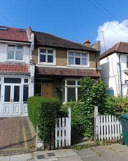 3 bedroom end of terrace house for sale - Woodgrange Avenue , Finchley  N12
