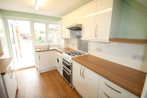3 bedroom house to rent - Ryder Gardens, Rainham, RM13